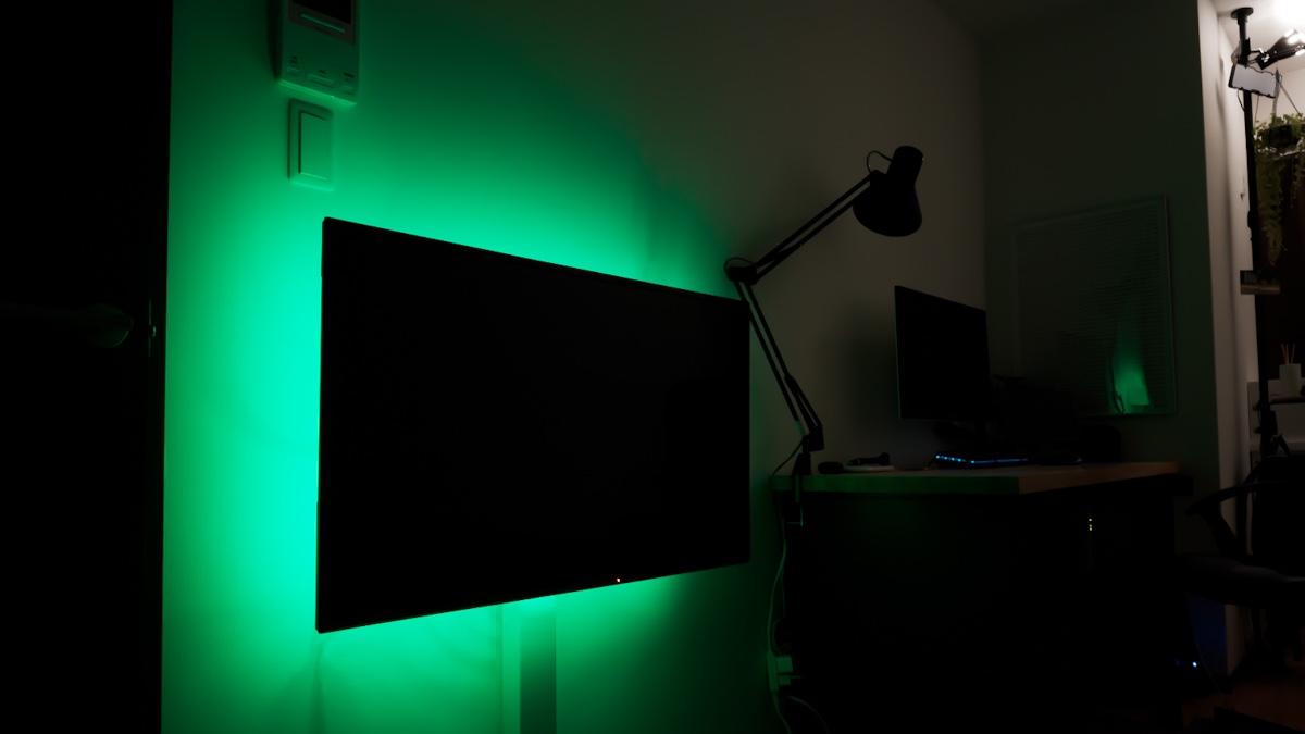 LeproのLEDテープライトをレビュー。気分に合わせて調光可能、お部屋の雰囲気が変わる優れモノ
